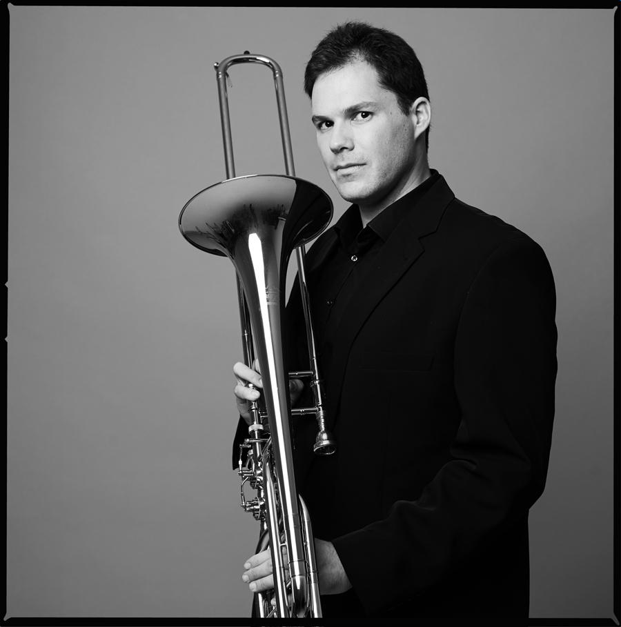 trombone-portrait